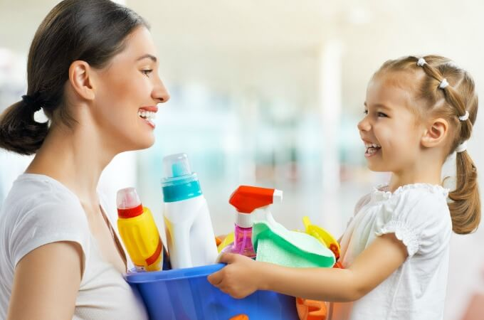 Looking for the best way to clean the kids' rooms? Clean without toxic chemicals - it's easier and more cost effective than you think! www.themidlifemamas.com