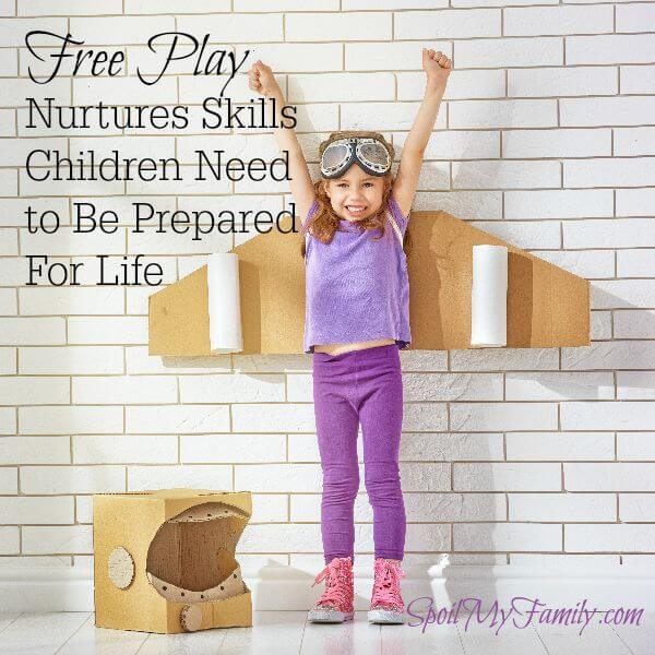 Free play nurtures skills that children need throughout their lives. Free play nurtures and develops skills to make children successful. www.themidlifemamas.com #freeplay