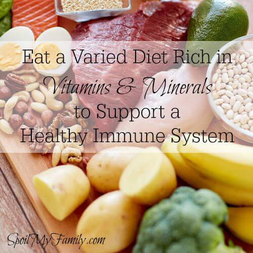 A healthy and varied diet filled with vitamins and minerals should be part of your family's year round plan to support healthy immune systems. www.themidlifemamas.com #healthyimmunesystem #vitaminsandminerals #healthyimmunesystem