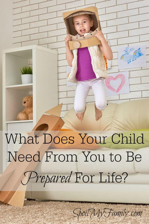 These are the 4 things you can give your child to prepare them for success! www.themidlifemamas.com #preparechildren #prepareforsuccess #freeplay #imagination #screetime #limitscreentime