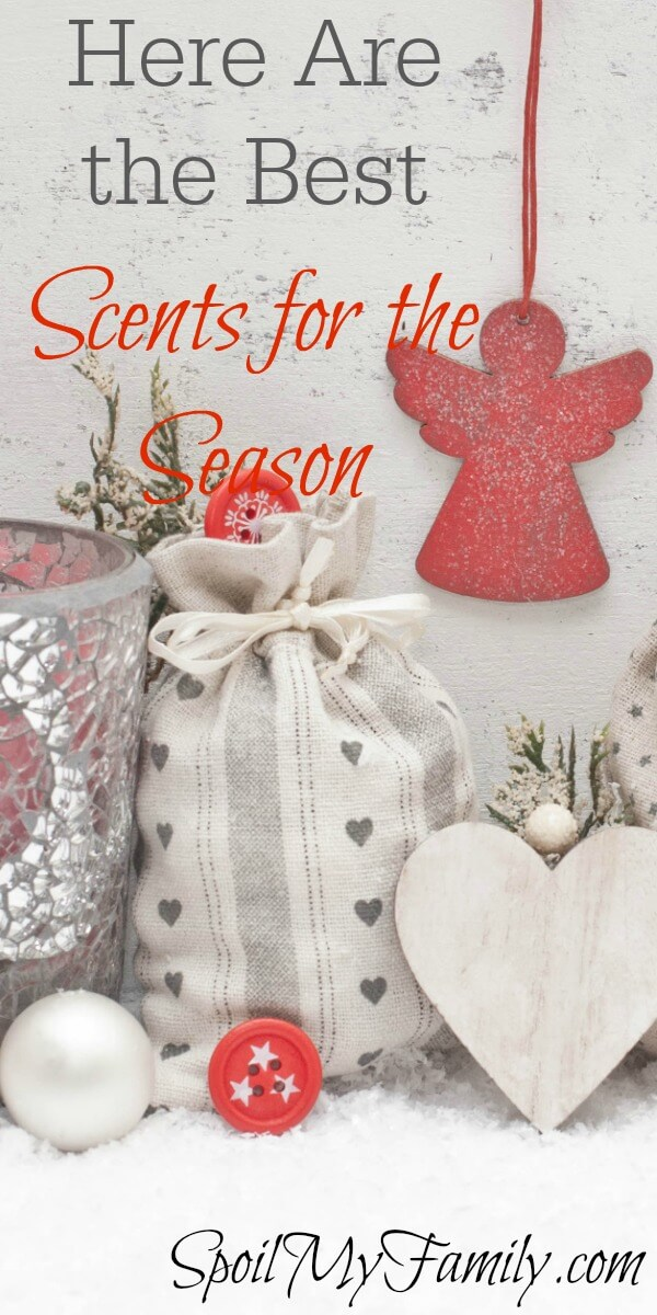 Holiday scents can bring back wonderful memories! What are some of your favorite scents from the holiday season? A wonderful, healthy, way to recreate them! www.themidlifemamas.com #scentsfortheholidays #youngliving #younglivingessentialoils #essentialoils