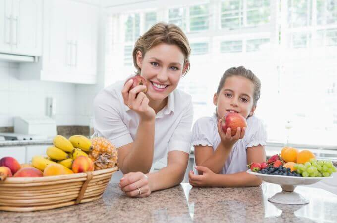 Trying to make healthy lunch choices for your children? It's surprising how much misinformation is out there and how easy it is to be misled by claims that are only half true. This misinformation can lead well intentioned parents to make unhealthy lunch choices. www.themidlifemamas.com