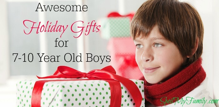 What do you get for a 7 year old boy, an 8 year old boy, a 9 year old boy, or a 10 year old boy! As a mom, shopping for these guys can be tough! But this is the quintessential gift guide for boys 7-10 years old! www.themidlifemamas.com