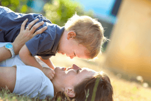 Dear Mom – This Heartbreaking Story Reveals The Most Valuable Thing You Do