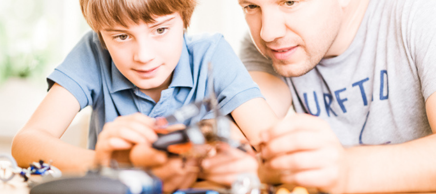 Are you looking for the perfect, engaging, and long-lasting cool games for boys who tinker? Finding educational activities, games, and toys that allow them to create their own tinker lab can be tough. The ideas and projects listed here have kept my kids engaged and curious for hours! #educationalactivities #elementary www.intentionalfamilylife.com