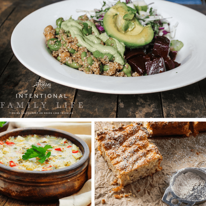 What is quinoa? It's all the buzz - How do you cook it? Are there healthy benefits? Easy quinoa recipes are everywhere - from soups, to tacos and desserts. Quinoa is perfect any time of day – breakfast, lunch or dinner. #quinoa #whatisquinoa www.themidlifemamas.com